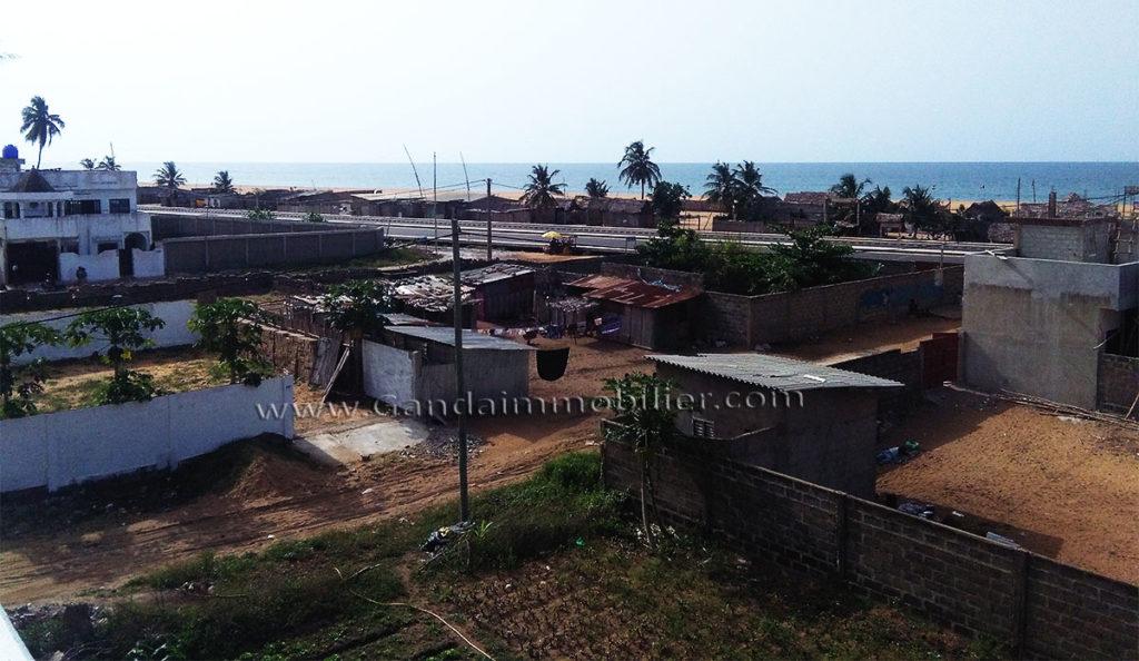 Maison vue sur mer, à vendre à fidjrossè plage cotonou