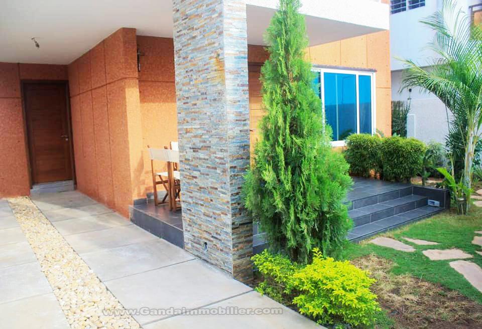 Location villa de prestige à Cotonou