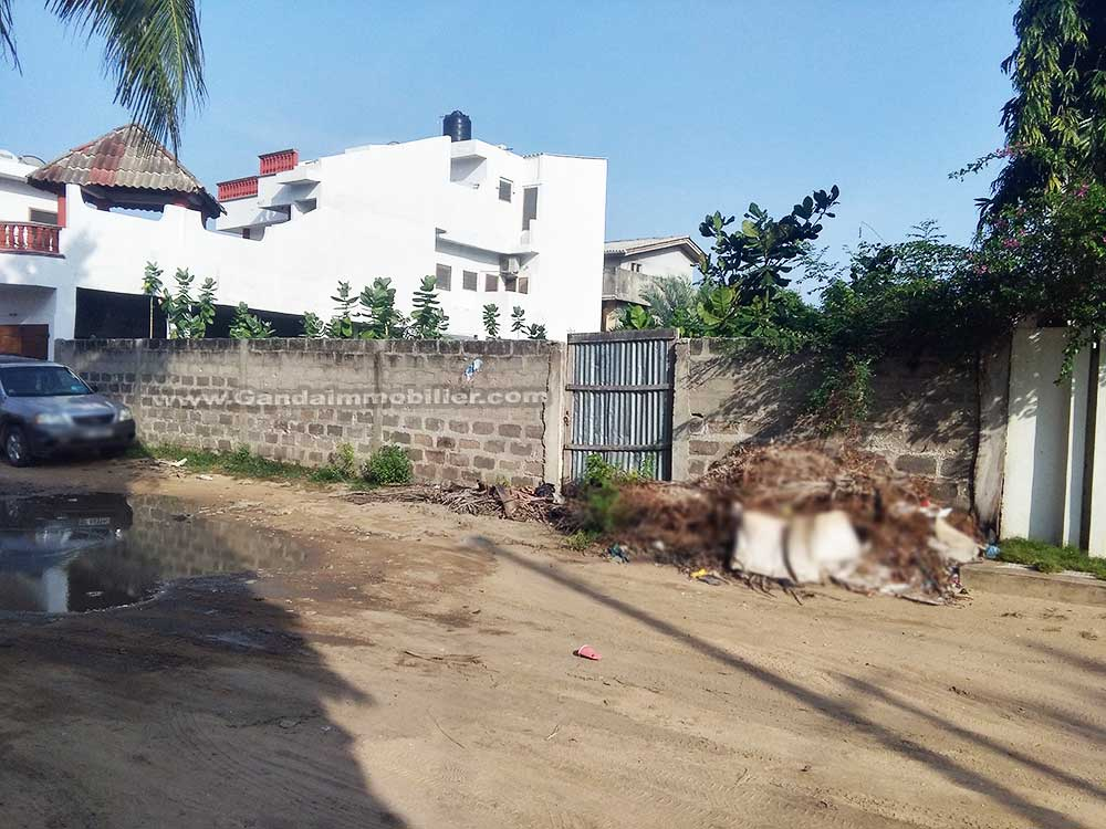 Cotonou, parcelle à vendre à fidjrossè plage