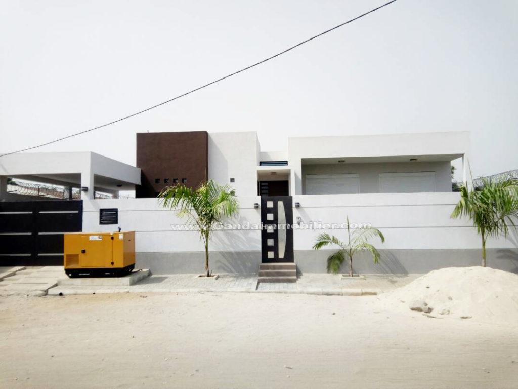 Villa à vendre à cadjèhoun