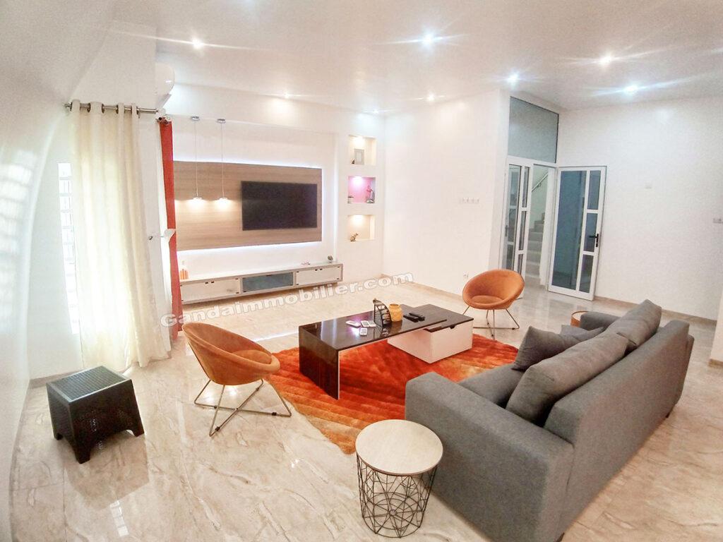Salon moderne et design meublé à la CEN SAD akpakpa cotonou