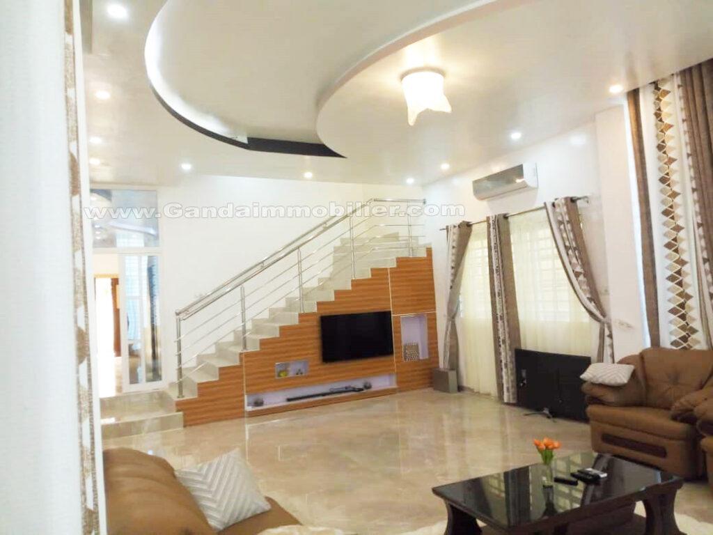 Villa salon meublé et climatisé censad de cotonou