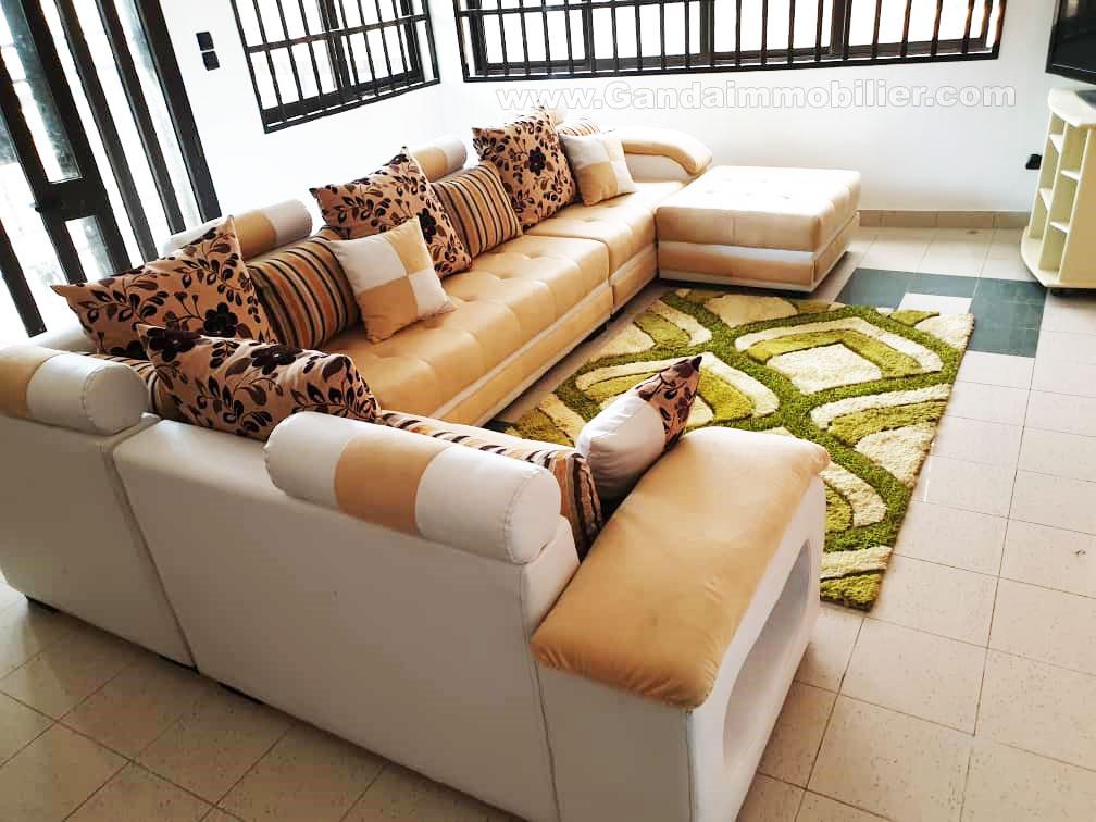 appartement meublé de 03 chambres à fidjrossè cotonou