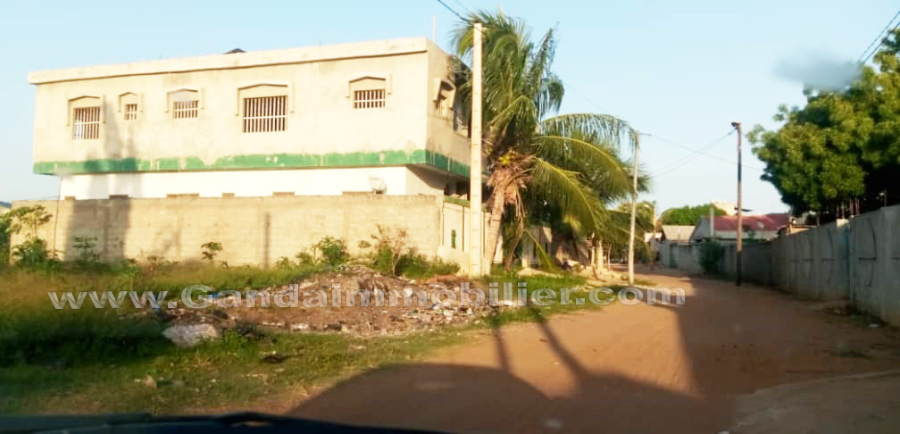 Maison locatif à vendre à calavi zone SOS