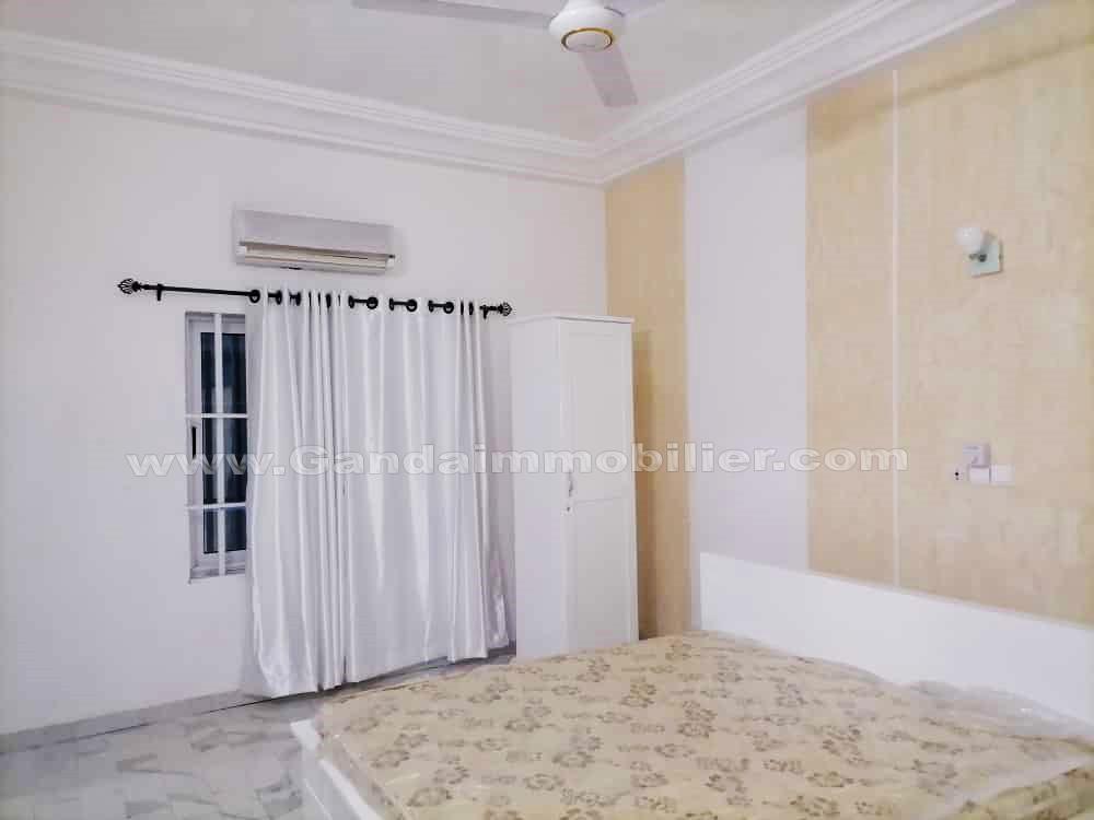 Chambres meublées et climatisées à fidjrossè plage avec vue sur mer